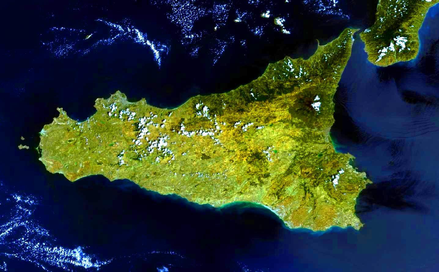 Sciascia, la Sicilia come metafora - Buttanissima Sicilia