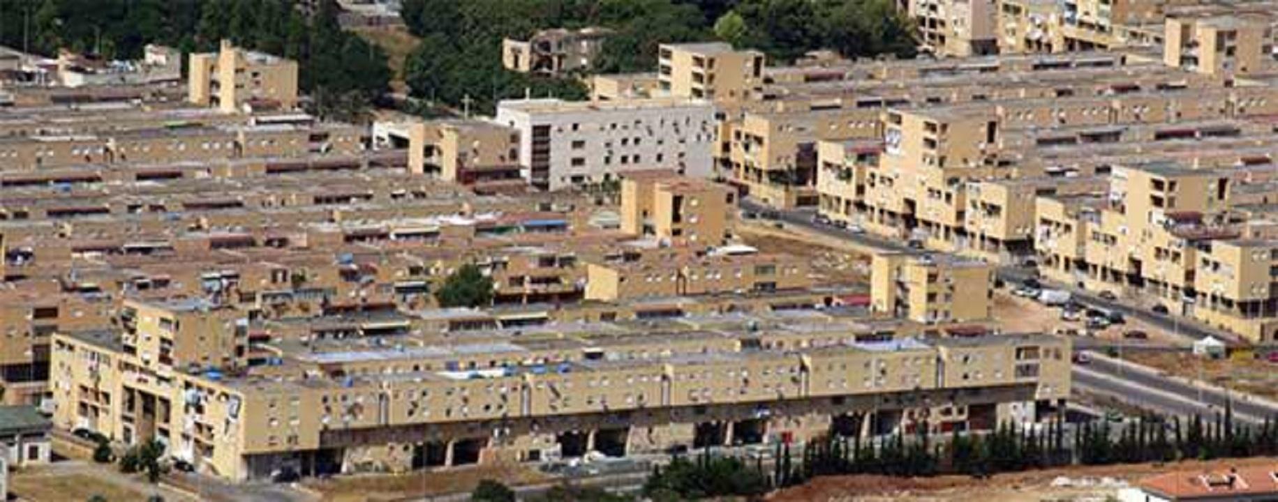Palermo aggredito e derubato parroco del quartiere zen for Il territorio dell architettura vittorio gregotti