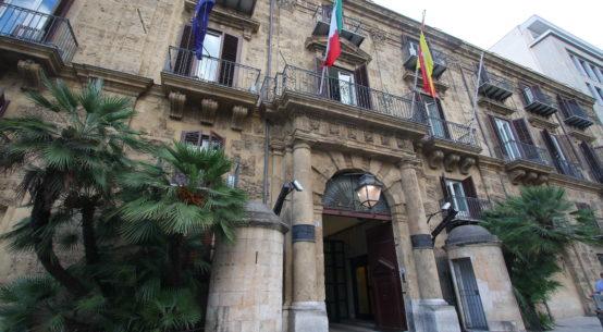 La Regione siciliana ha varato il piano di tutela della qualità dell'aria e il piano per le alluvioni che rientrano nella pianificazione ambientale richiesta dall'Unione Europea alla Sicilia.