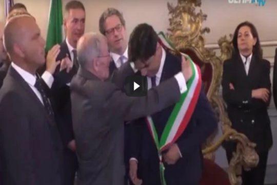 Si è insediato in Municipio questa mattina il neo sindaco di Catania, l'europarlamentare di Fi Salvo Pogliese, eletto lo scorso 10 giugno.