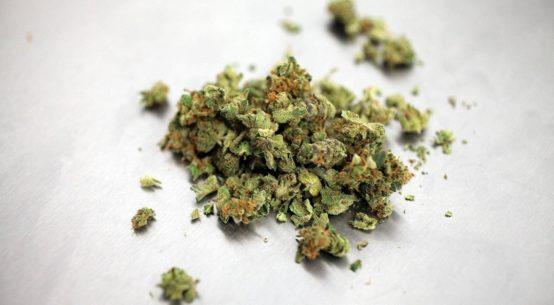 Adrano: 2 kg marijuana in deposito pizzeria,arrestati titolari