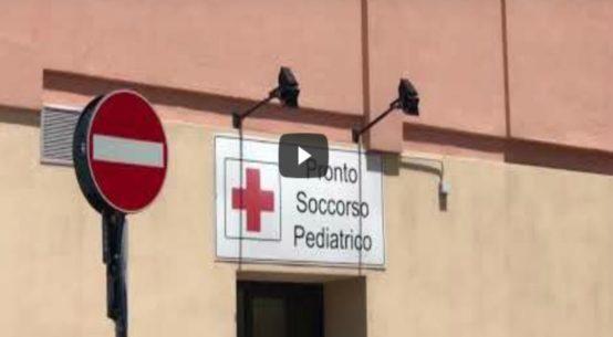 Scade la convenzione tra Università e l'ospedale dei Bambini. Adesso il reparto rischia il collasso e il blocco dell'operatività.