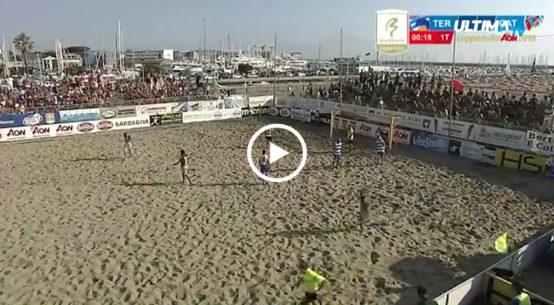 La Domusbet Catania beach soccer conquista la Coppa Italia dopo il successo a Viareggio contro Terracina. Per i rossazzurri arriva il terzo trofeo in bacheca tredici anni dopo l'ultima vittoria.