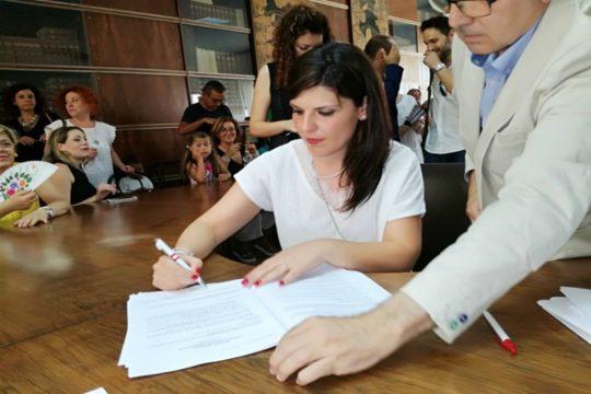 Con la firma dei contratti a tempo indeterminato, sono stati stabilizzati oggi, all'Asp di Catania, 54 dirigenti medici, 6 dirigenti farmacisti e 30 risorse del comparto.