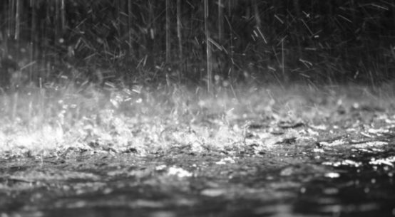 Allagamenti e disagi alla circolazione, è questo il bilancio dei danni causati dalla forte pioggia che si è abbattuta nel capoluogo siciliano.