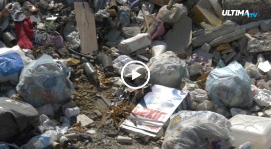 Cumuli d'immondizia nei viali, mega discariche a cielo aperto. Tra mancanza di senso civico e raccolta insufficiente, a Librino è vera emergenza rifiuti.
