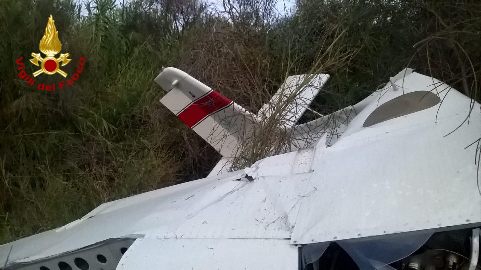 Fiumefreddo, cade aereo ultraleggero. Morta pilota
