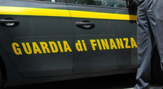 E' stato arrestato per falso ideologico e peculato e posto ai domiciliari Salvatore Campo, presidente dell'Associazione siciliana antiestorsione (Asia).