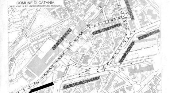 Per consentire la prosecuzione dei lavori del collettore fognario di Aci Castello, sarà in vigore da domani un nuovo piano di circolazione viaria.