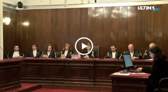 La Regione Siciliana cambia il rendiconto. La Corte dei Conti convoca un'udienza alla quale non partecipa il governatore.