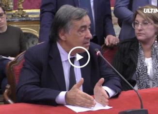 Scontro tra il sindaco di Palermo Leoluca Orlando e il vice premier Matteo Salvini sulla applicazione del decreto sicurezza.